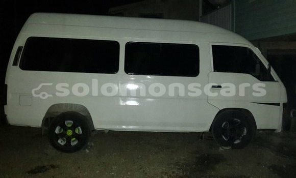 Buy Imported Toyota Hiace White Car in Honiara in Guadalcanal