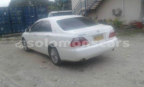 Buy Used Toyota Crown White Car in Honiara in Guadalcanal