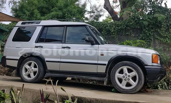 Buy Used Land Rover Discovery Silver Car in Honiara in Guadalcanal